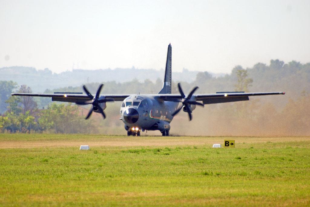 Le news 3 agosto 2012 vfrmagazine aviazione generale for Cappa arredamenti casale monferrato