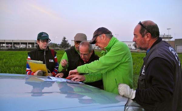 Il team Aimo studia i task sul campo.